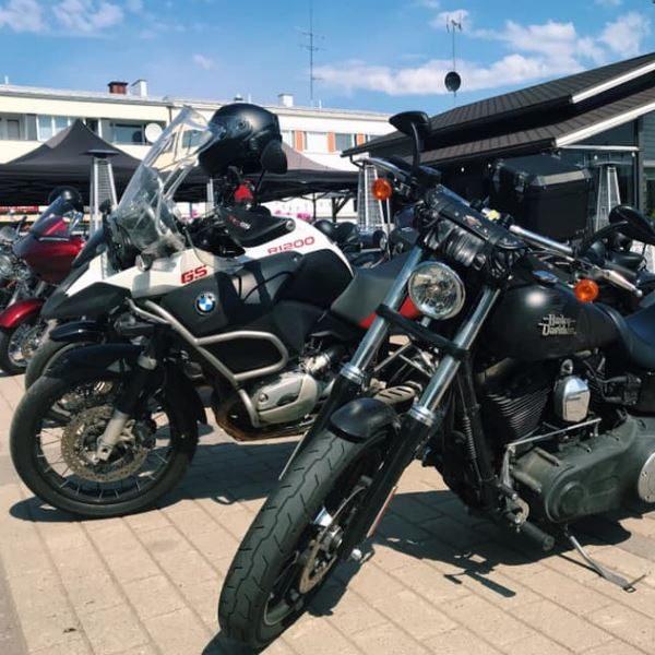 Harley Davidson Super Rally Himos ja Jämsän Äijän aukio