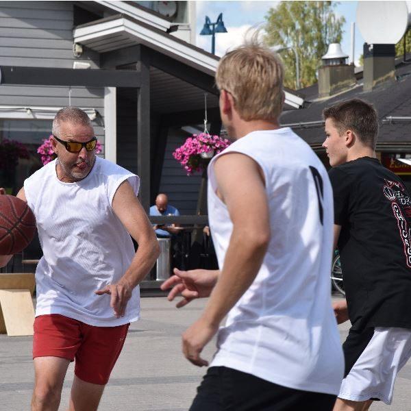 Street Basket -turnaus Akuliinassa